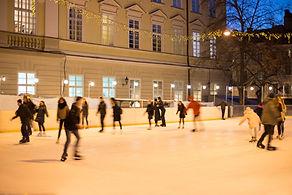 Patinage sur glace en plein air