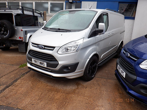 FORD TRANSIT 270 SWB LOW ROOF LIMITED CUSTOM 2017/17