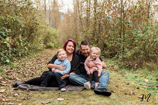 Family photography session in Chilliwack.
