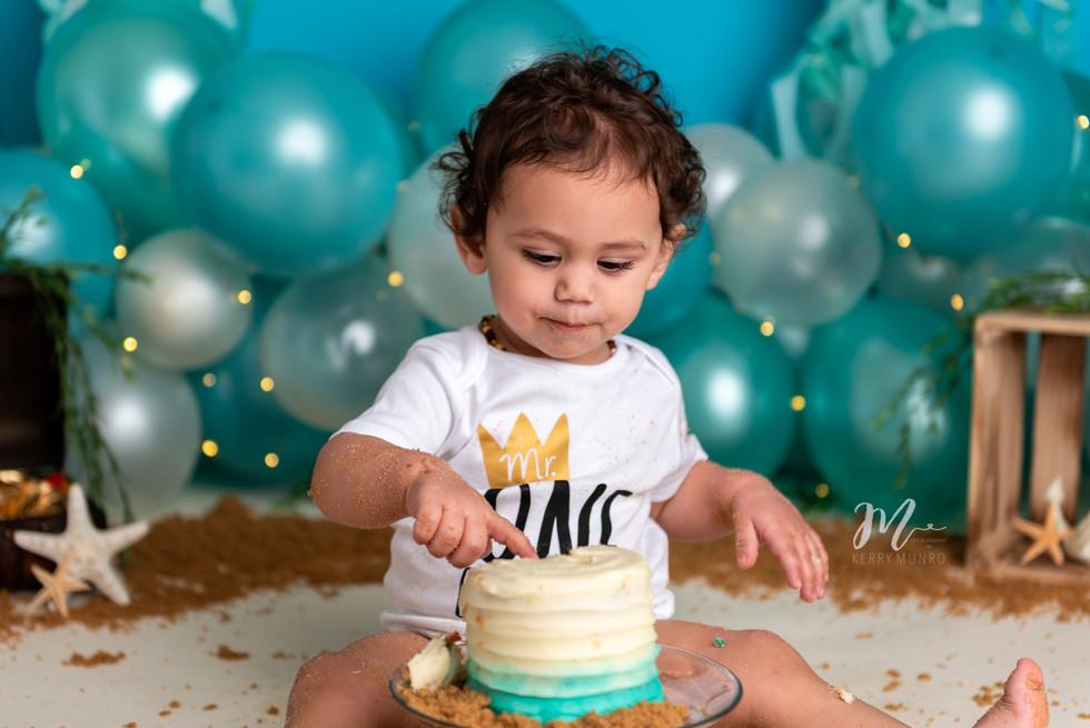 Cake Smash - Children's Photographer Chilliwack