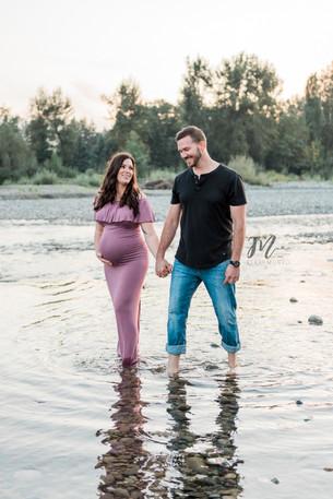 Maternity Photographer - Fraser Valley B.C.