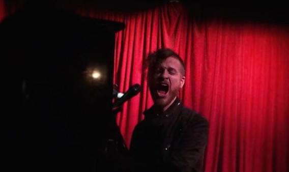 Soulful belting at thehotelcafe