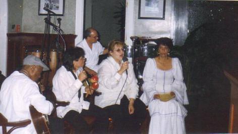 Algo Nuevo Performance - 1997