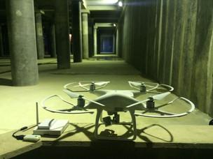 地下空間での飛行実験
