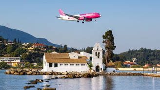 Greece records 72% decline in arriving passengers January - October 2020