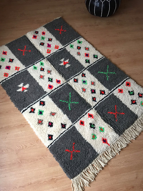 Colorful Handwoven Azilal Rug, pure Wool (014AZ18)