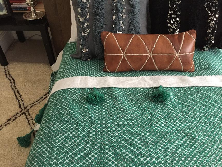 Blanket spike design