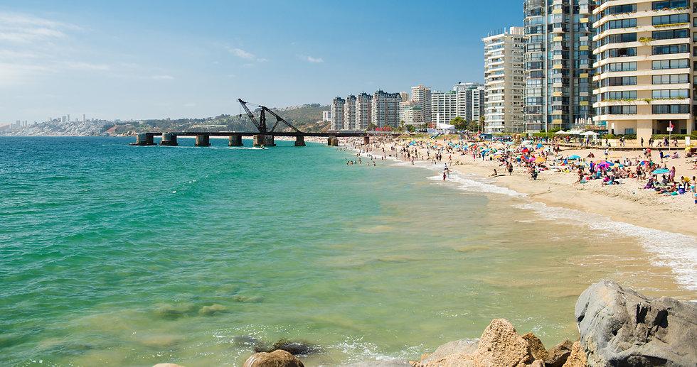 vina-del-mar-playa-shutterstock-TR10.jpg