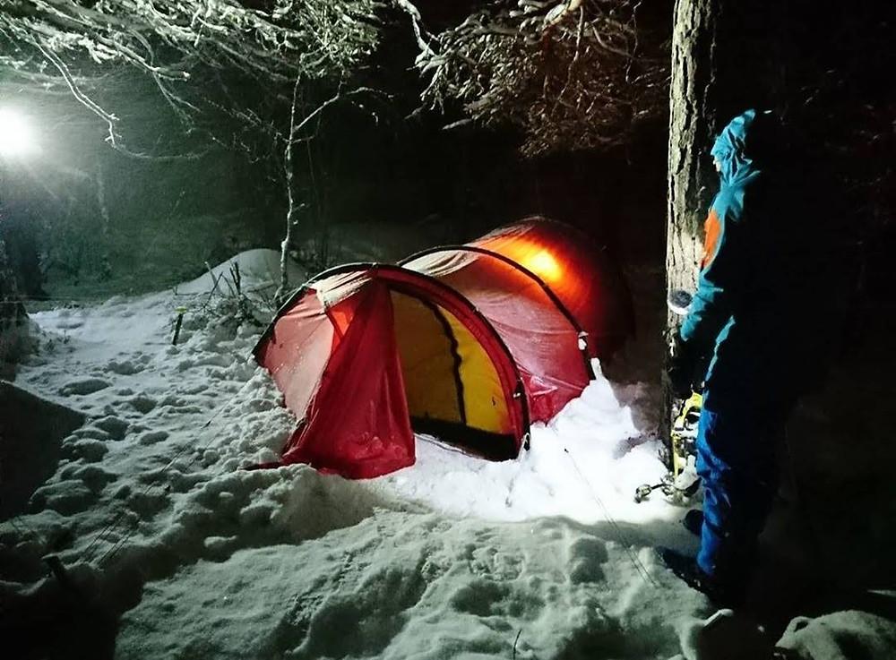 Campamento nocturno en Geilo