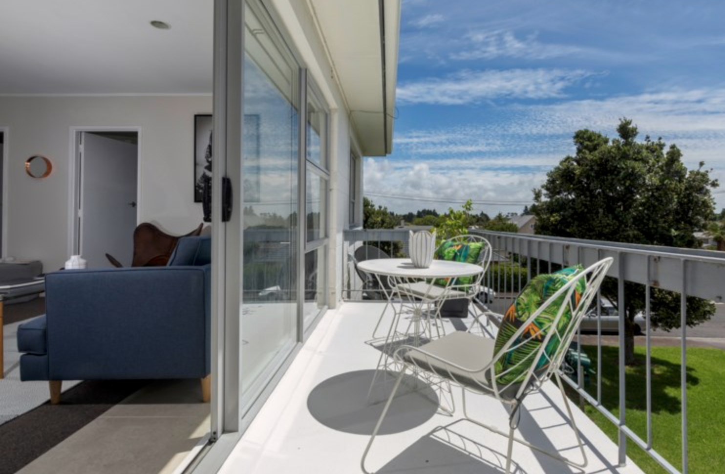 Mt Albert Apartment