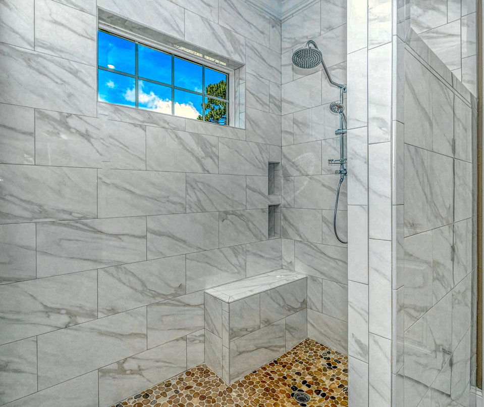 12. Master Shower LUX MLS.jpg