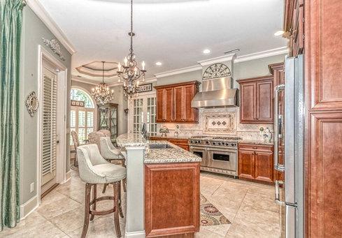 7. Kitchen View LUX HDR MLS.jpg
