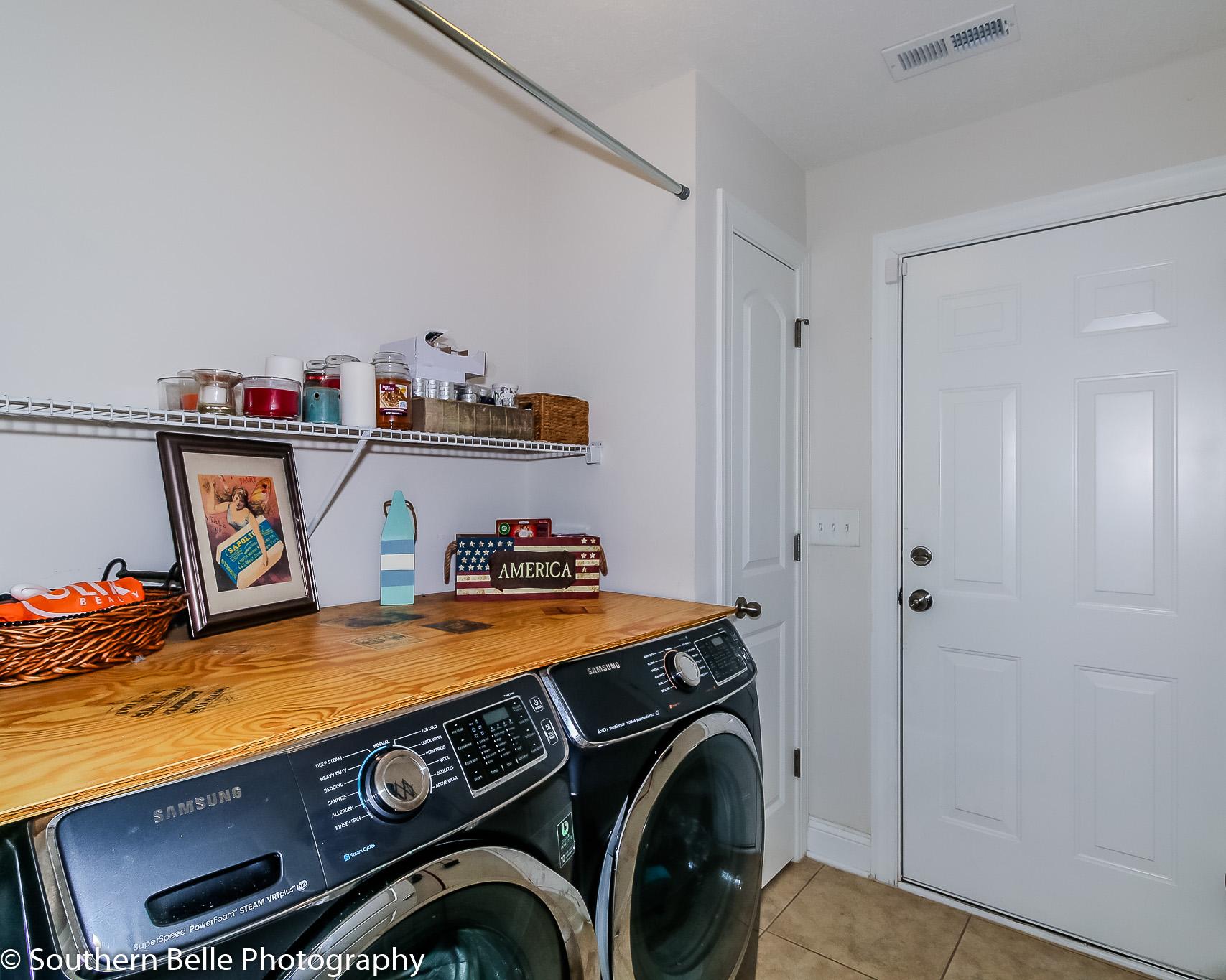 19. Laundry Room WM