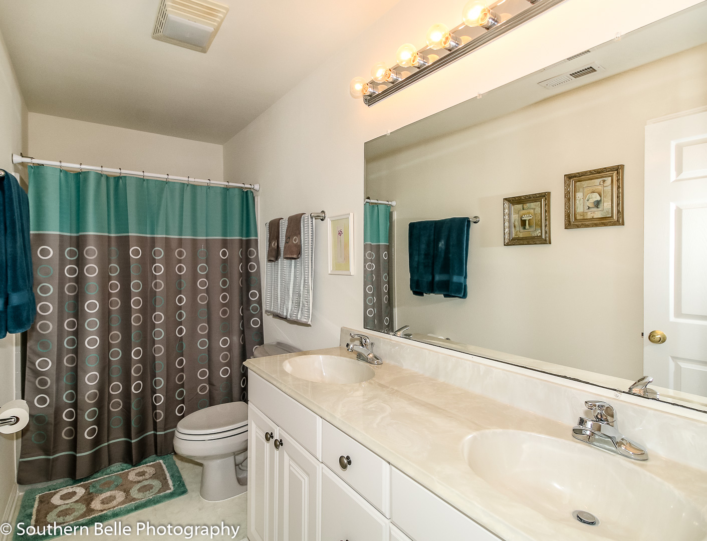 18. Full Bathroom Upper Level WM