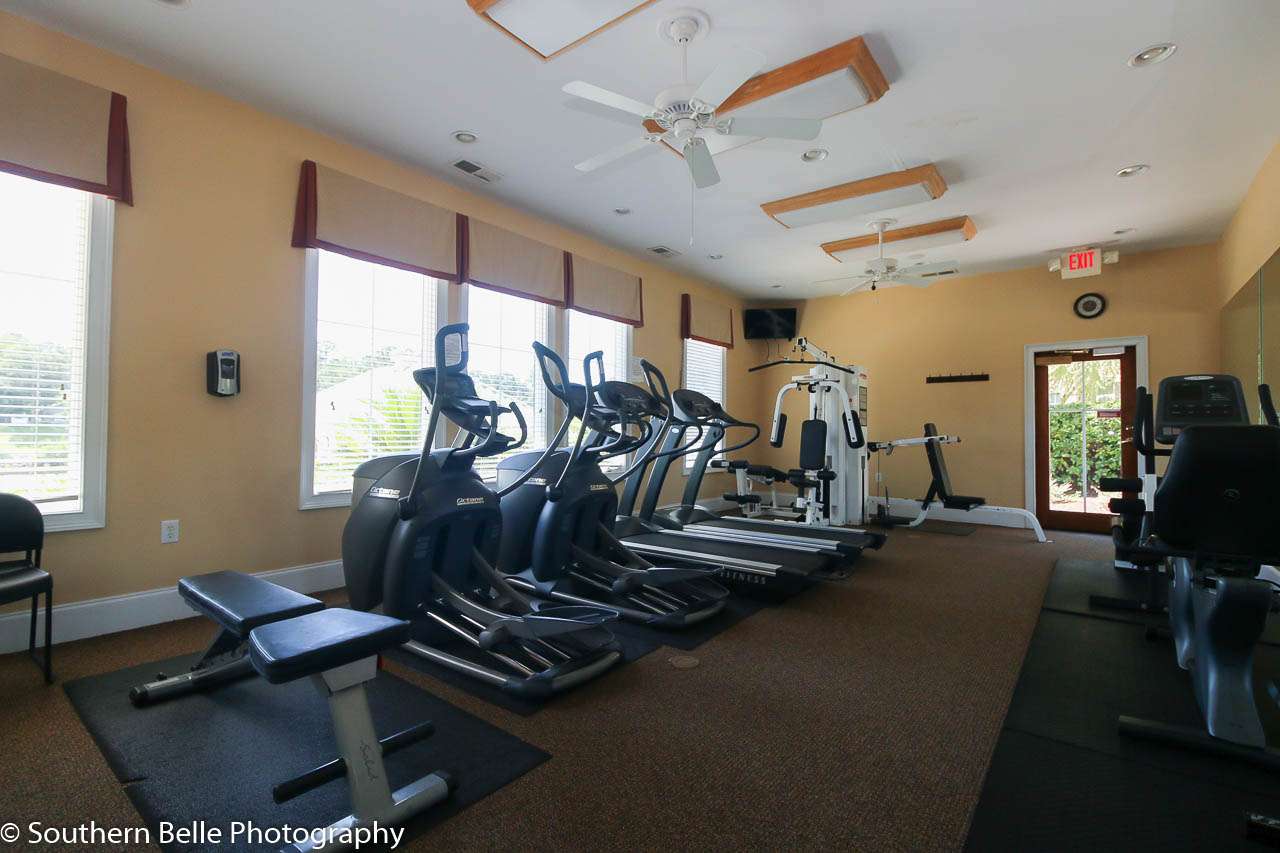 22. Club House Gym WM
