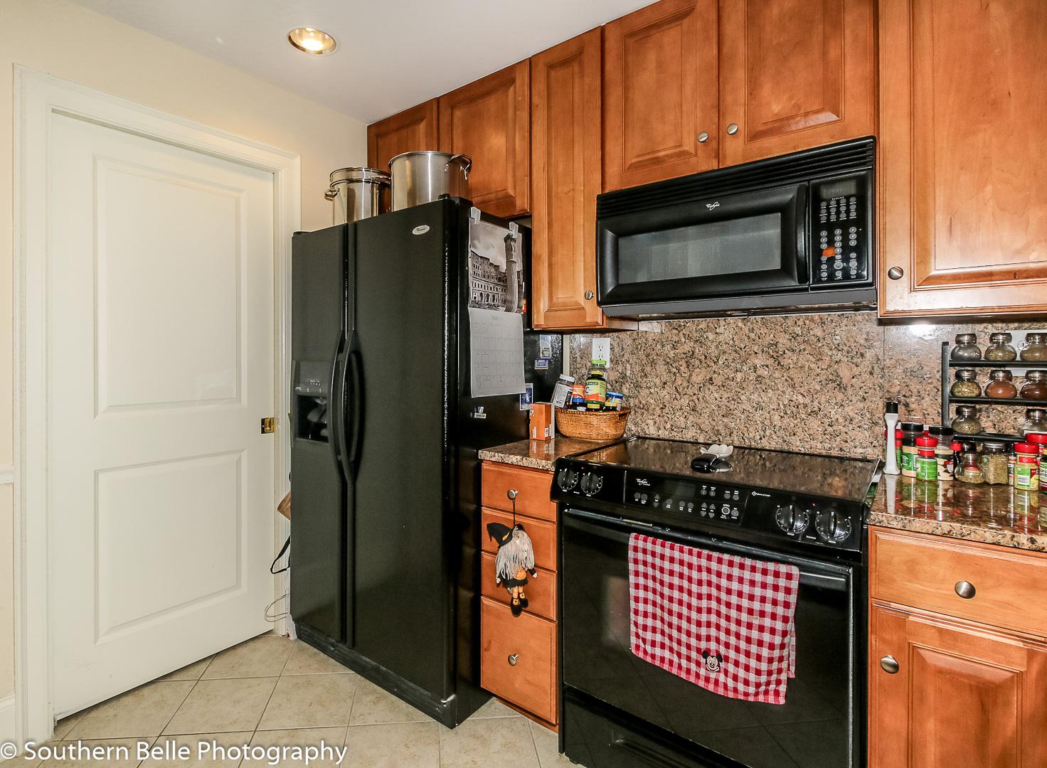 6. Kitchen View WM