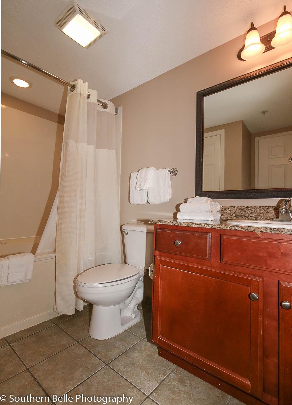 10. Full Bathroom WM