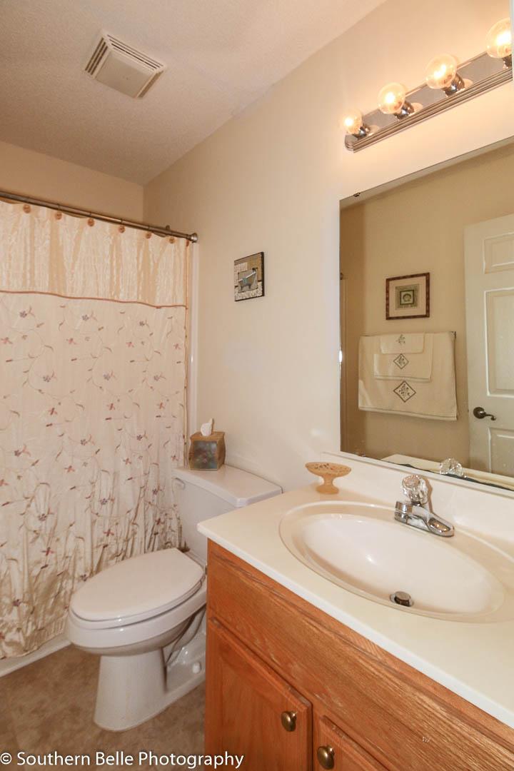 9. Full Bathroom WM