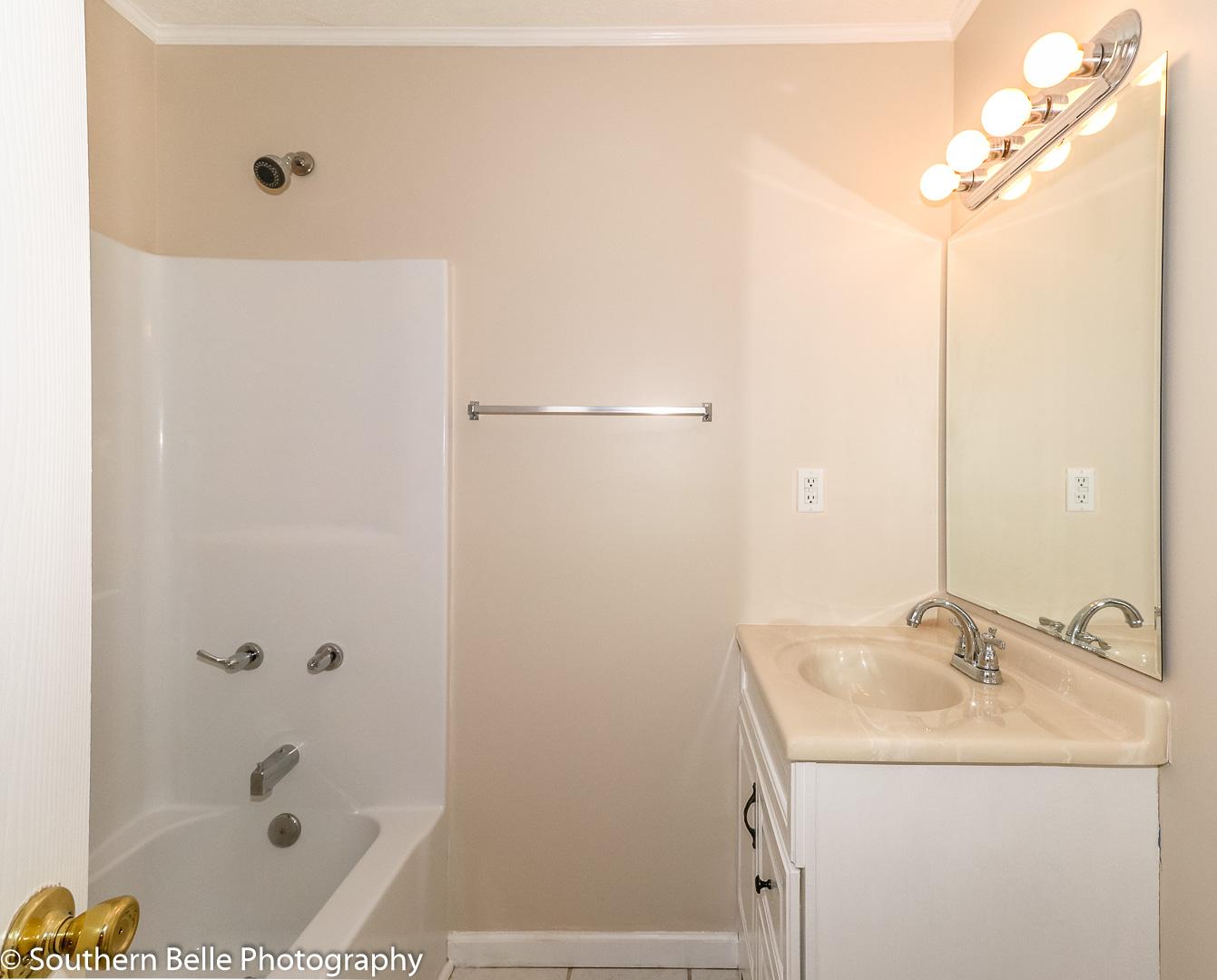 6. Bedroom One Fulle Bathroom WM