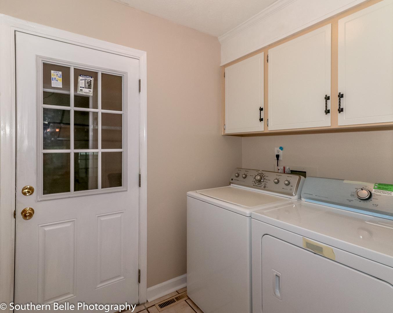 25. Laundry Room WM