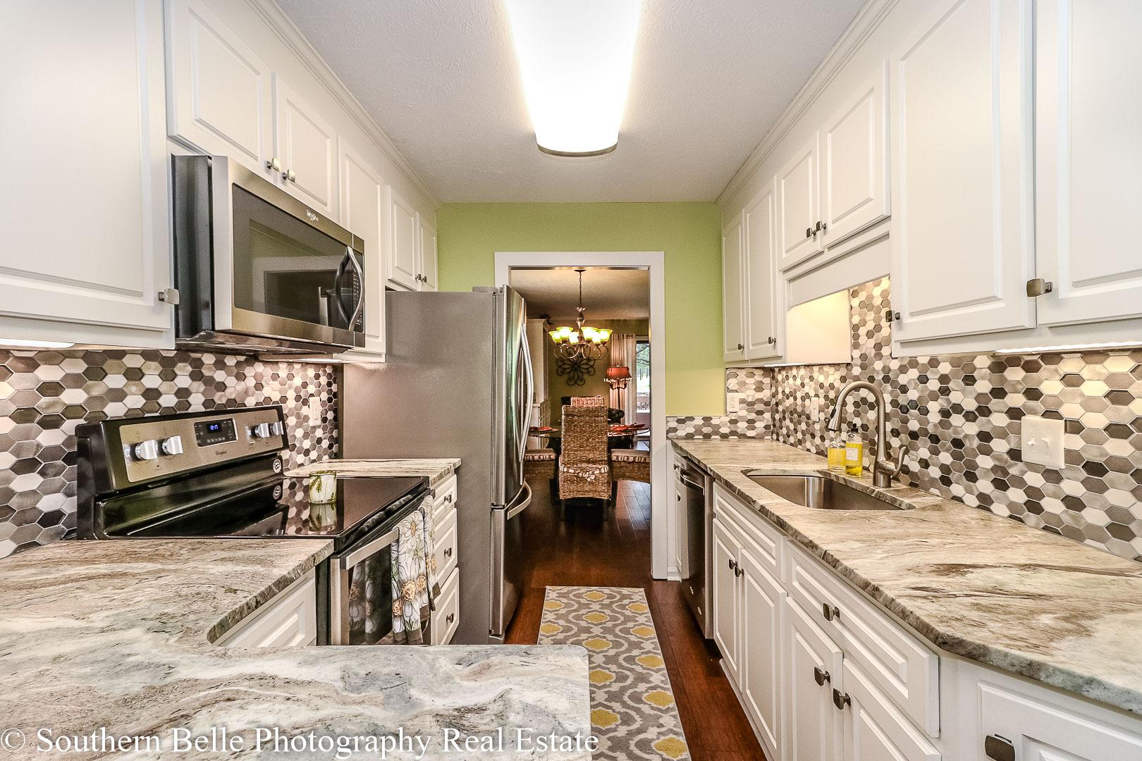 10. Kitchen View WM