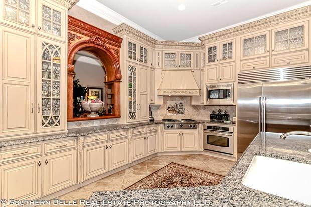 12. Kitchen WM.jpg