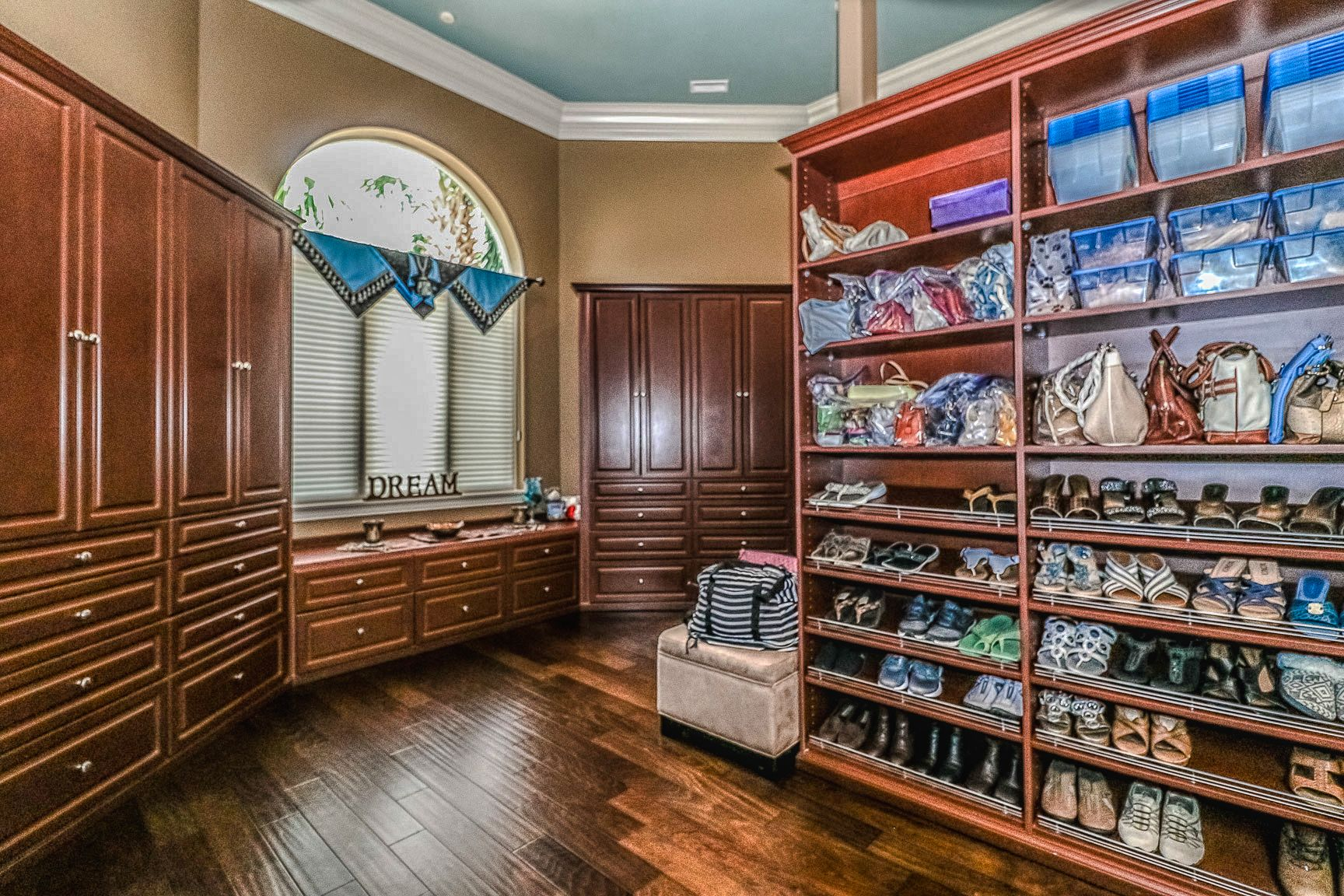 17. Walk in Master Closet  Updated MLS