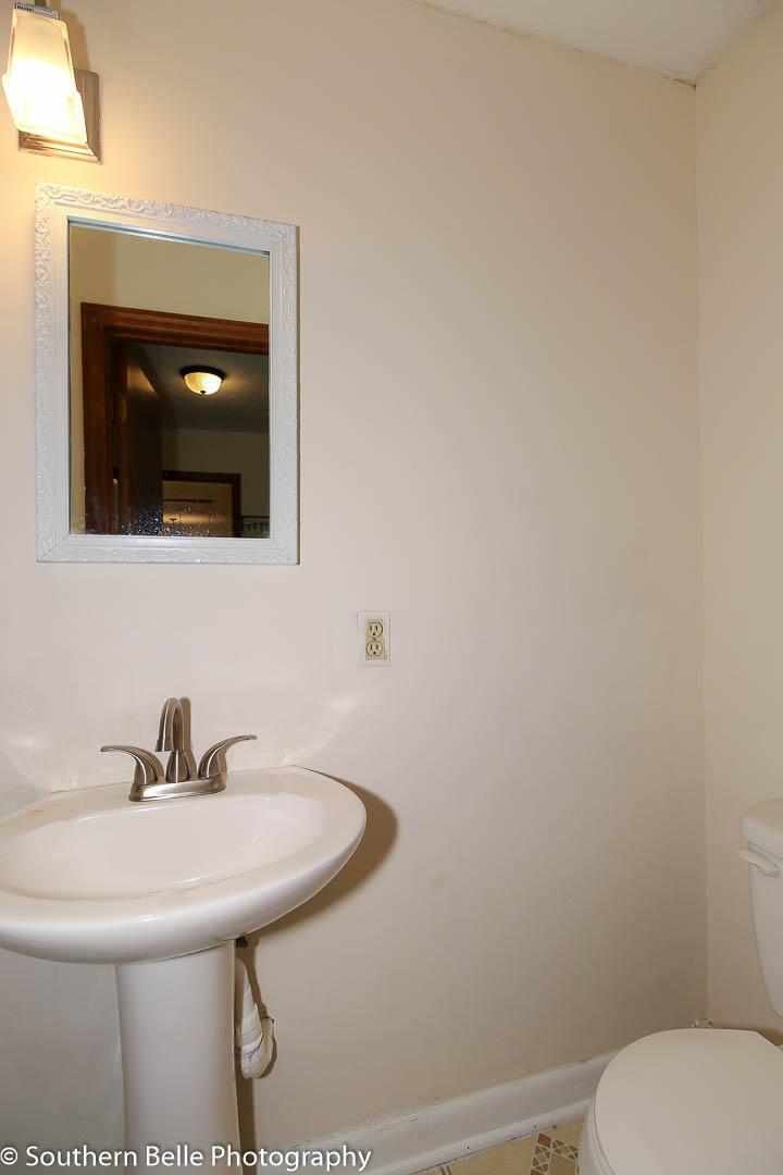 15. 1-2 Bath off Laundry Room WM