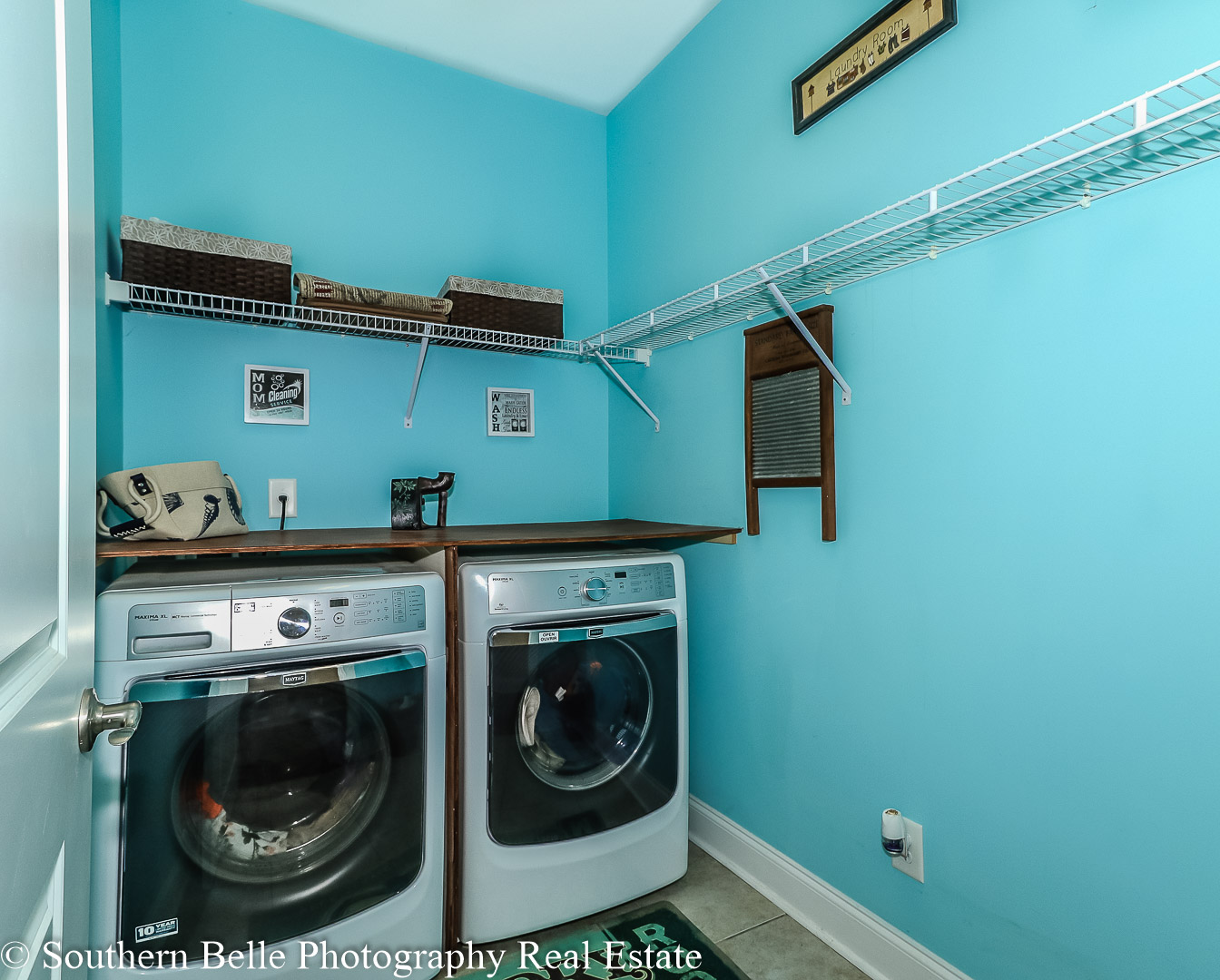 16. Laundry Room WM