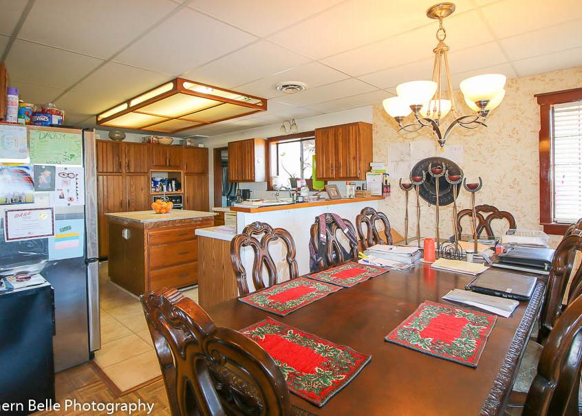 6. Dinning & Kitchen View WM