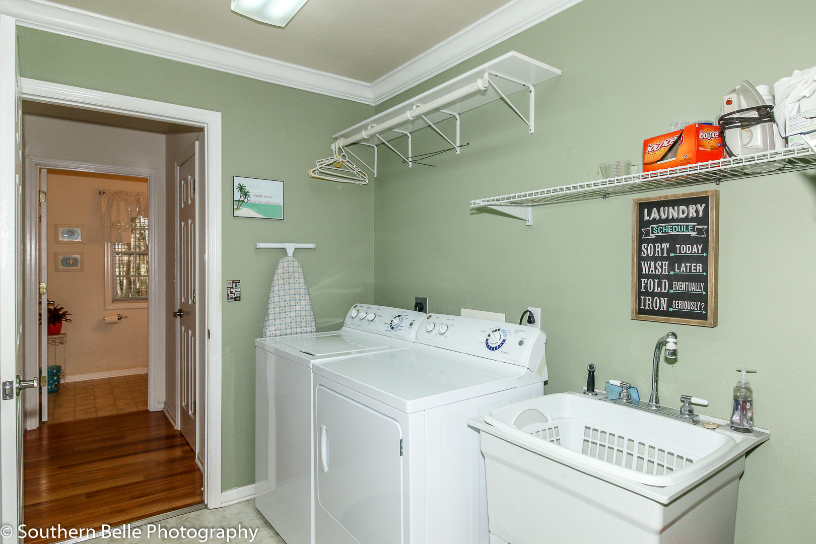 15. Laundry Room WM