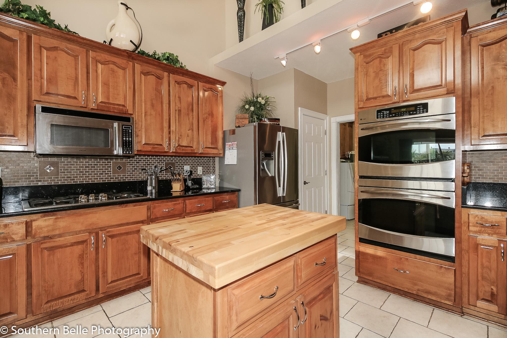 15. Kitchen View WM