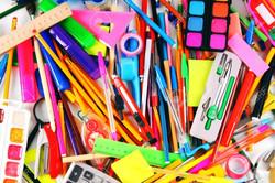 30875267-papelería-y-útiles-escolares-un