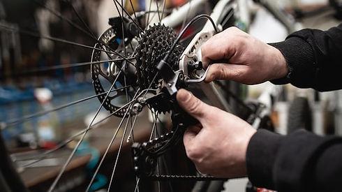 mecanique-mecanicien-velo-cyclisme-cycli