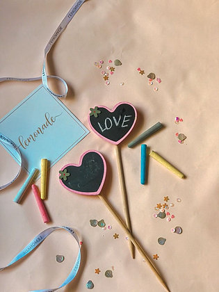 Colourful Message Sticks with Wooden Clips - Set of 2 - Hearts - Pink