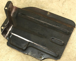 (AAC-10) 1972-1974 & 1979 VW Bus Type 4 Lower Right Warm Air Duct Engine Tin.jpg