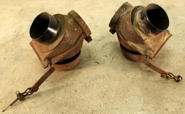 '72-'74 & '79 VW Bus_Type 4 Right Hot Air Connection Pipe.jpg