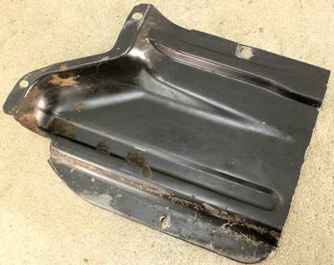 (AAC-09) 1972 1979 VW Bus Type 4 Lower Left Warm Air Duct Engine Tin.jpg