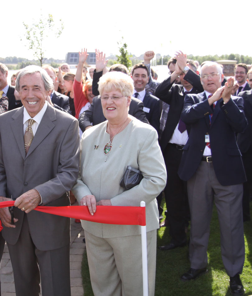 Show homes opened by Gordon Banks