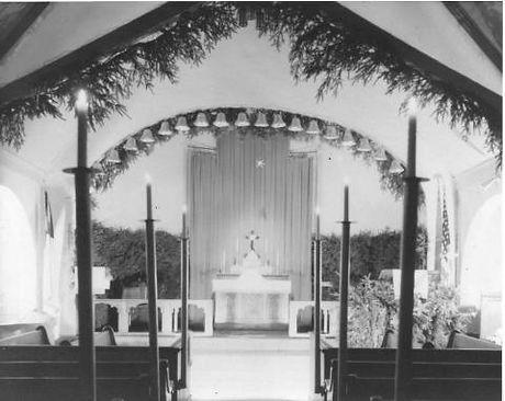 2 interior of E[1]. Church St. St. Luke'