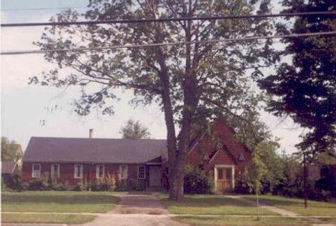 3 1968 E[1].Church St. St. Luke's.jpg