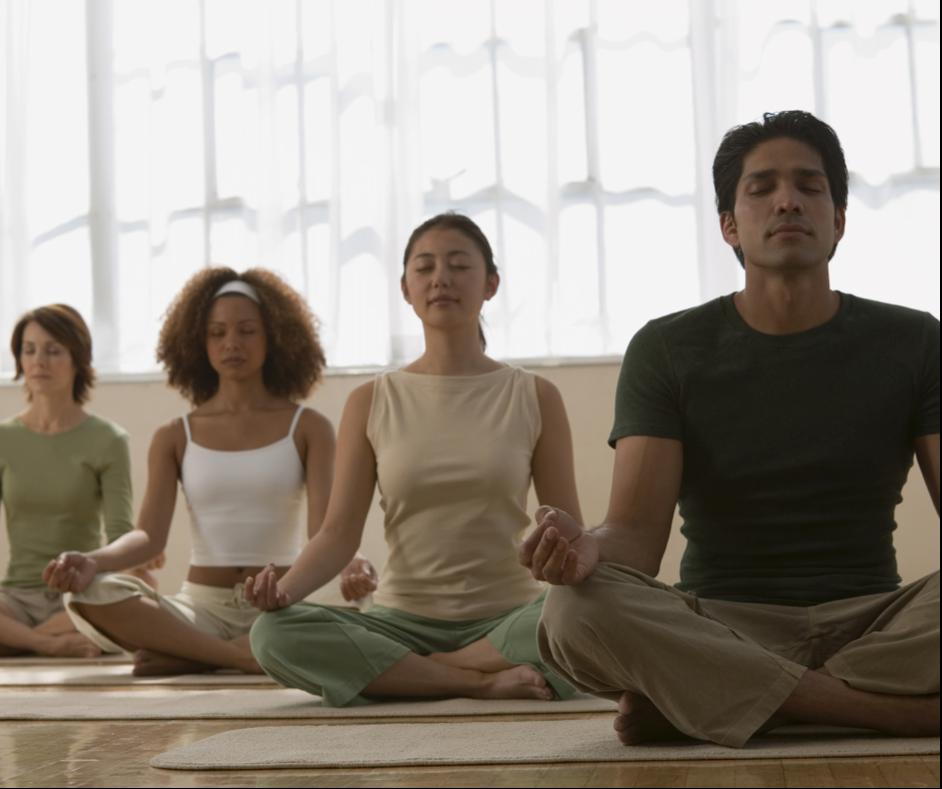 Séance de méditation collective