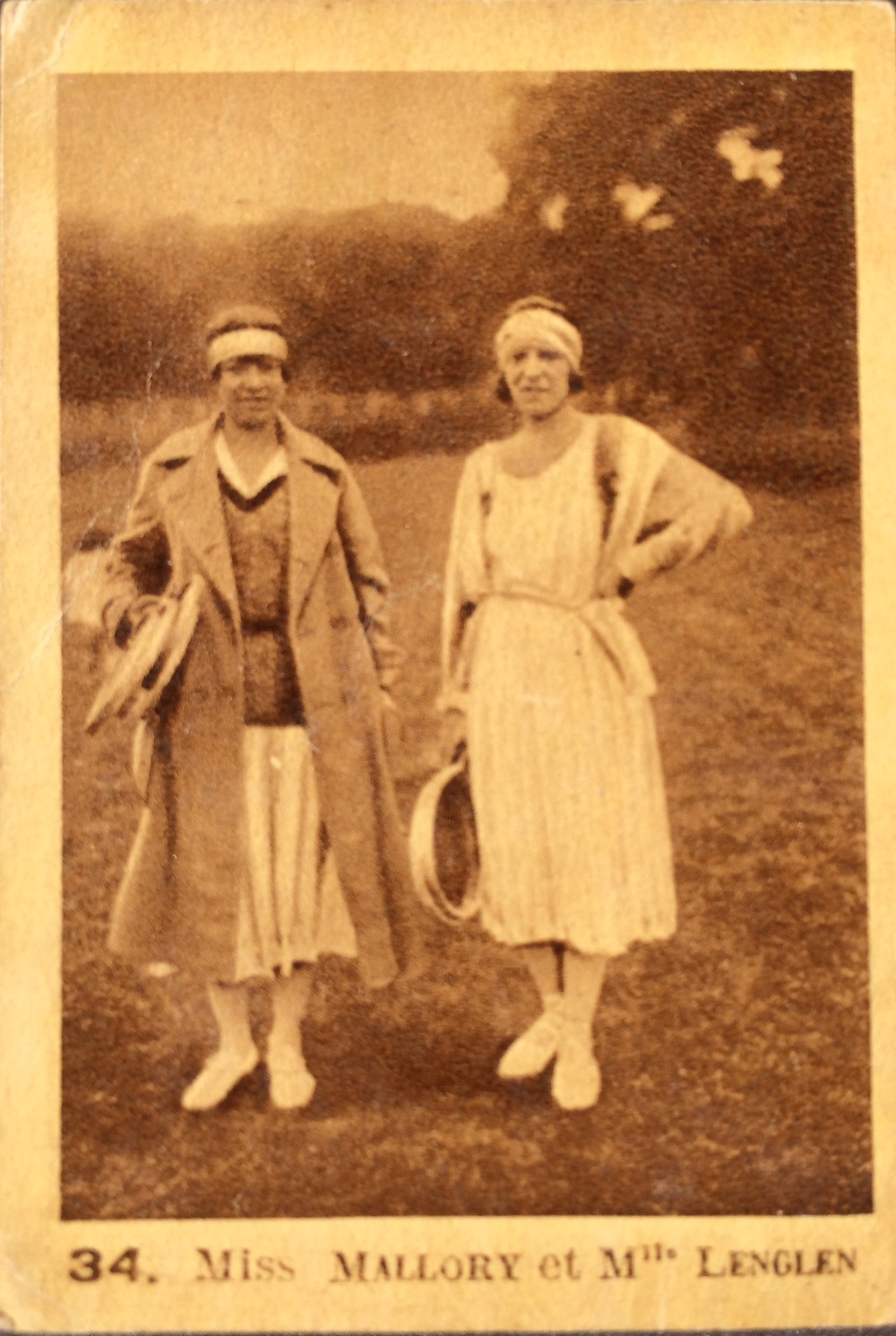 Card: 1928 Kemmel.  Mallory pictured with another tennis champion, Suzanne Lenglen from France.  Printed in France.
