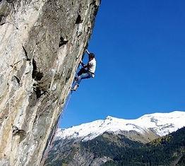 Edouard Bouvet moniteur Canyon 38.jpg