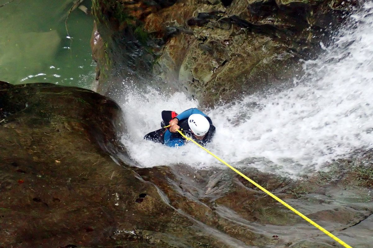 canyoning-via-ferrata-rhone-alpes