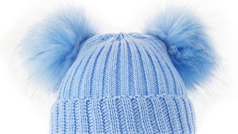 Fluffy double pom hat blue