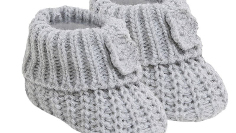 Pair of Knitted booties with Flower in grey