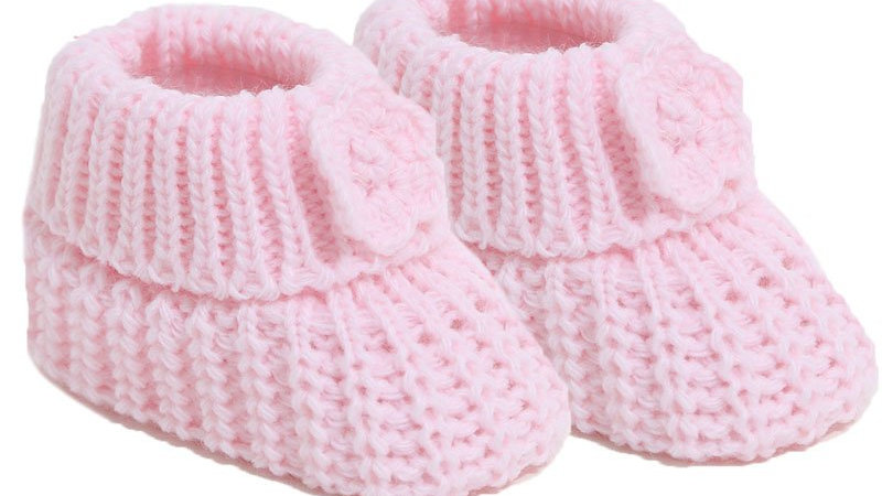 Pair of Knitted booties with Flower in pink
