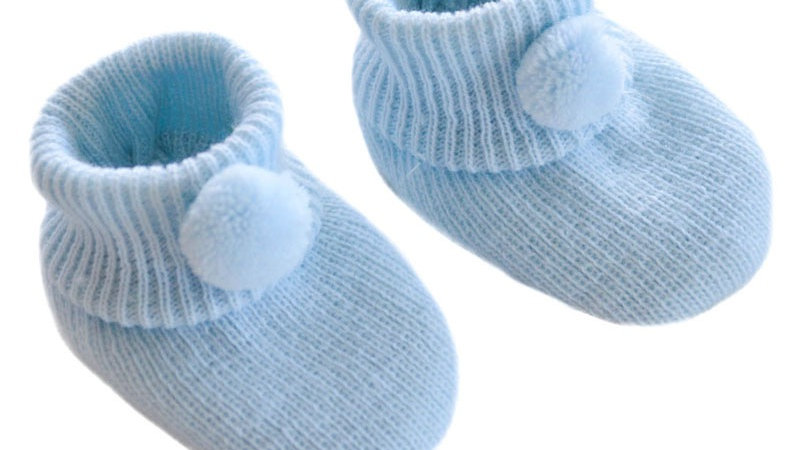 Pom Pom booties in baby blue