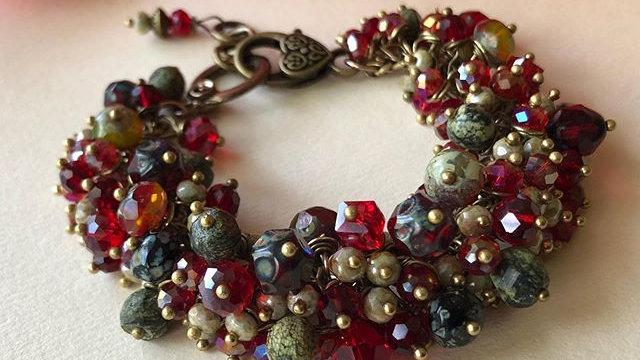 """""""Bed of Roses"""" Cluster Bracelet"""